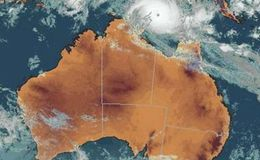 Cyclone Tracy hits Australia Christmas Day 1974