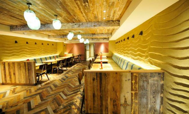 A London restaurant with ClayWorks' plasters