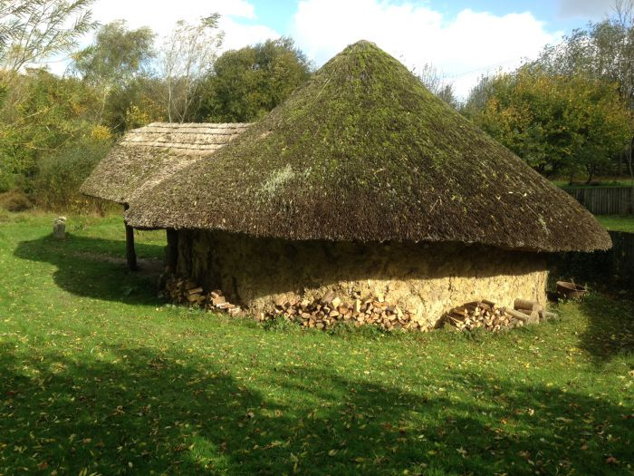 The wattle and daub roundhouse.