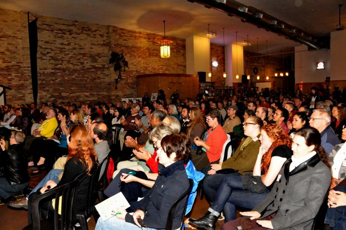 The audience at the Lakefront Brewery (Photo: Carol Kraco of Kraco Photography)
