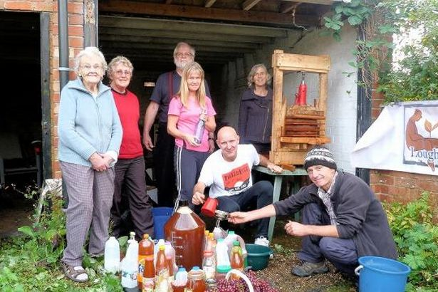 Loughborough apple pressers