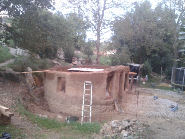 El Rincon — cob house now under construction