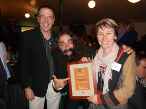 Costa Georgiadis (Gardening Australia) with Cathy and Graeme