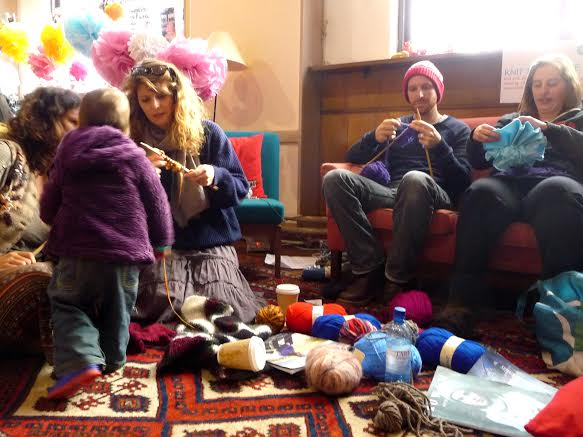Learning to knit at the Totnes Festival of Making.